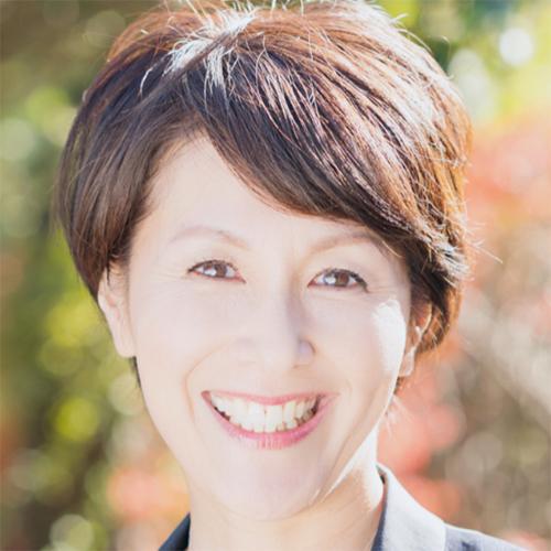 川田 マキコ